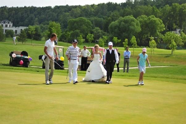 свадьба общая на поле